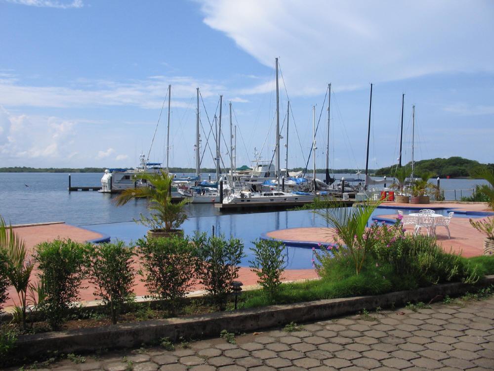 Nicaragua tierra de lagos y volcanes skyscrapercity for Centro turistico puesta del sol